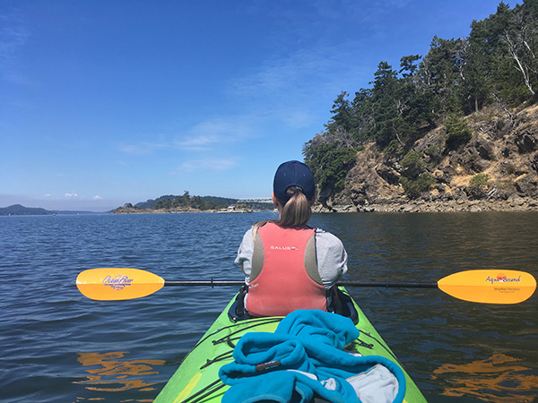 Best Kayak Life Vest | SUP and Kayak Life Jacket Review Guide